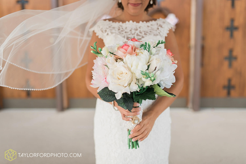van_wert_wedding_photographer_taylor_ford_ohio_indiana_fort_wayne_2089.jpg