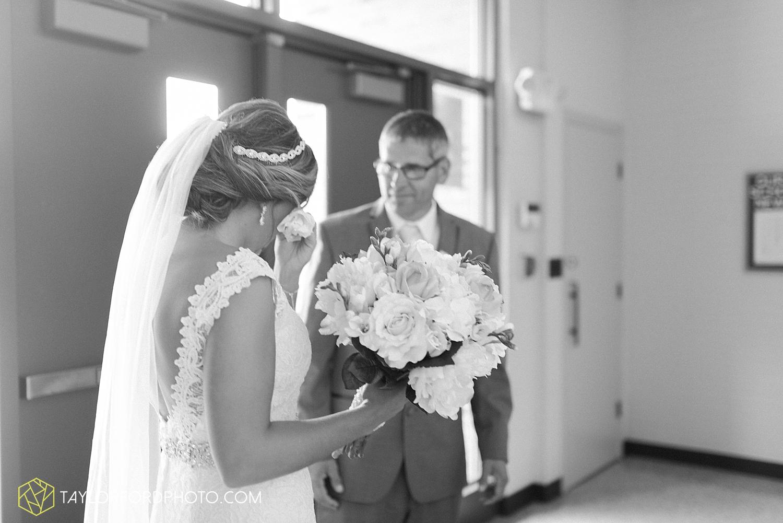 van_wert_wedding_photographer_taylor_ford_ohio_indiana_fort_wayne_2091.jpg
