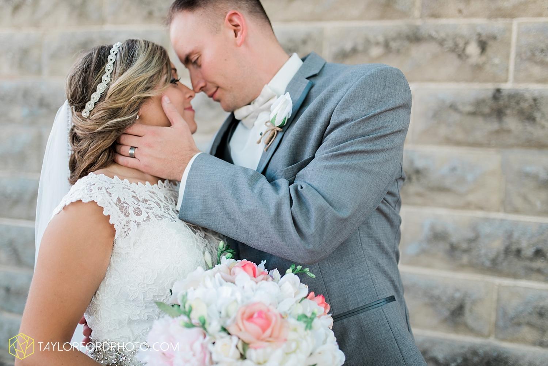 van_wert_wedding_photographer_taylor_ford_ohio_indiana_fort_wayne_2104.jpg