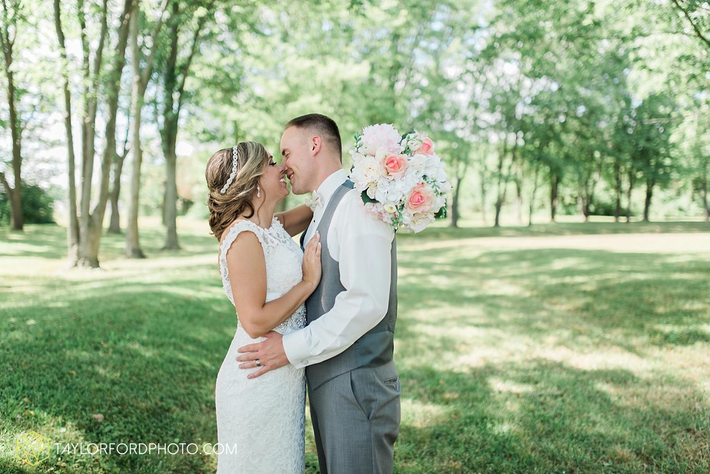 van_wert_wedding_photographer_taylor_ford_ohio_indiana_fort_wayne_2148.jpg