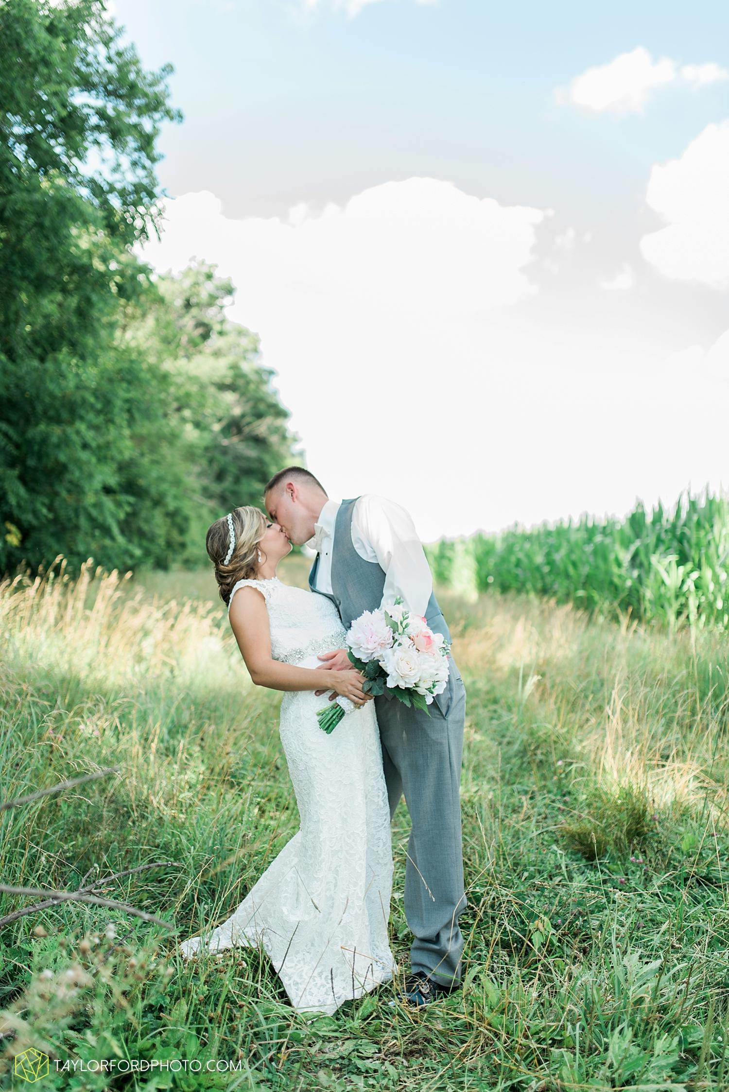 van_wert_wedding_photographer_taylor_ford_ohio_indiana_fort_wayne_2170.jpg