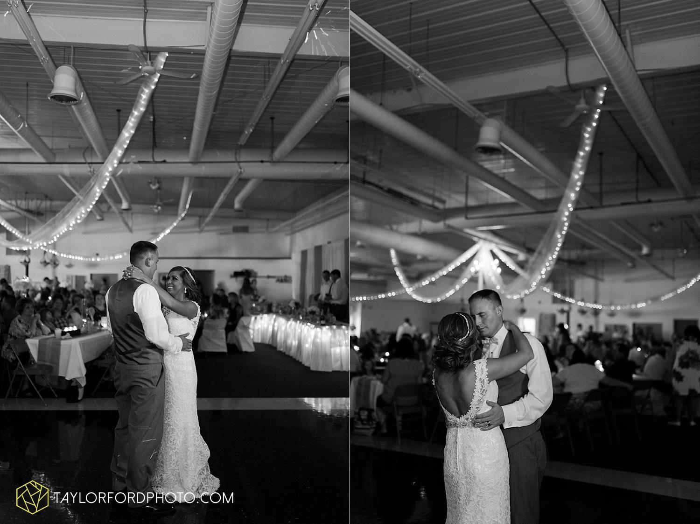 van_wert_wedding_photographer_taylor_ford_ohio_indiana_fort_wayne_2178.jpg