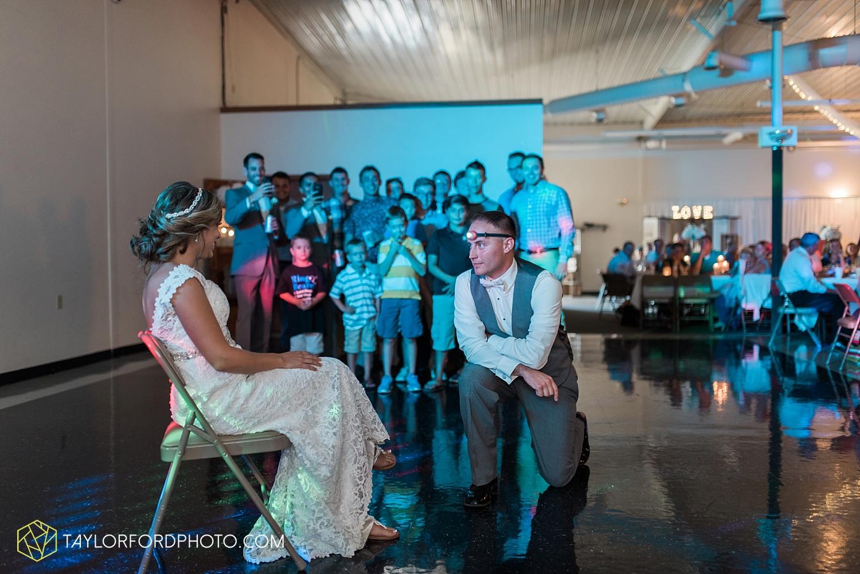 van_wert_wedding_photographer_taylor_ford_ohio_indiana_fort_wayne_2182.jpg