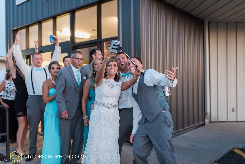 van_wert_wedding_photographer_taylor_ford_ohio_indiana_fort_wayne_2235.jpg
