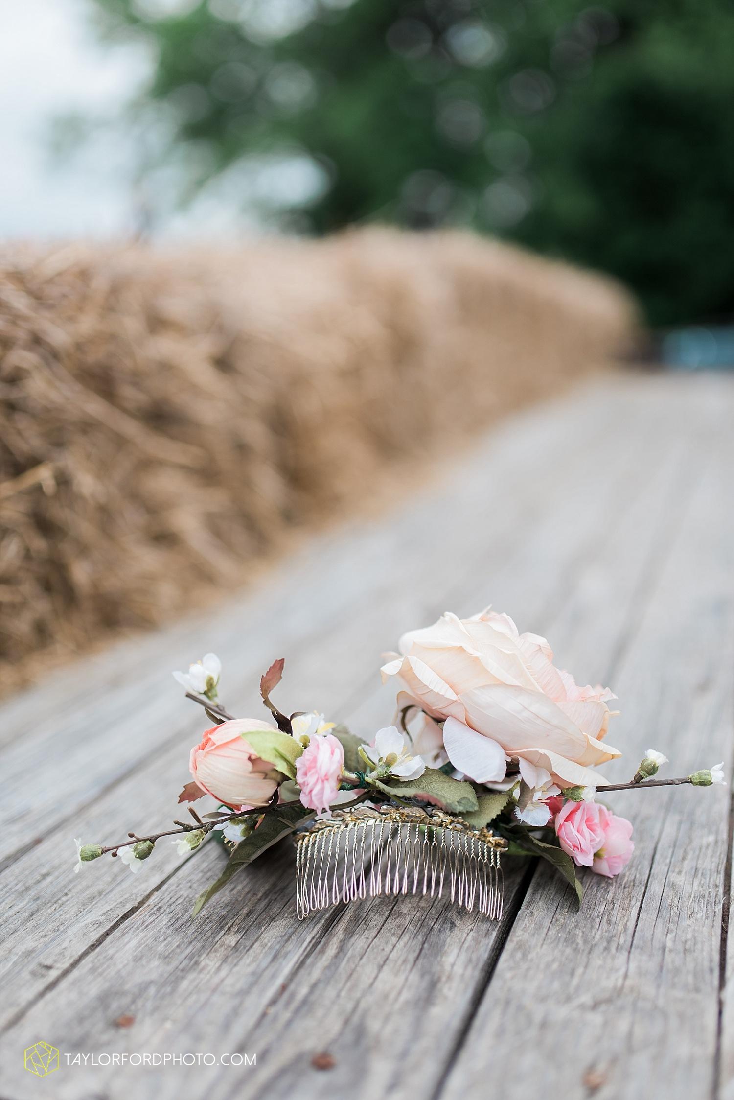 fort_wayne_indiana_wedding_photographer_taylor_ford_marian_hills_farm_0191.jpg