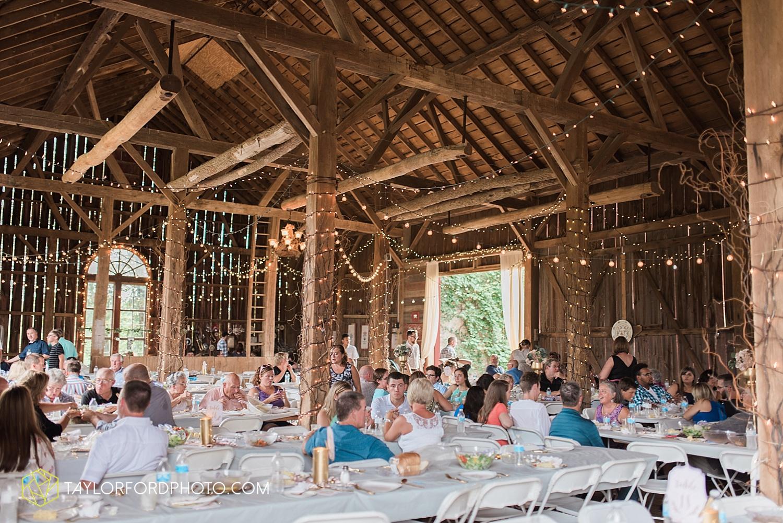 fort_wayne_indiana_wedding_photographer_taylor_ford_marian_hills_farm_0314.jpg