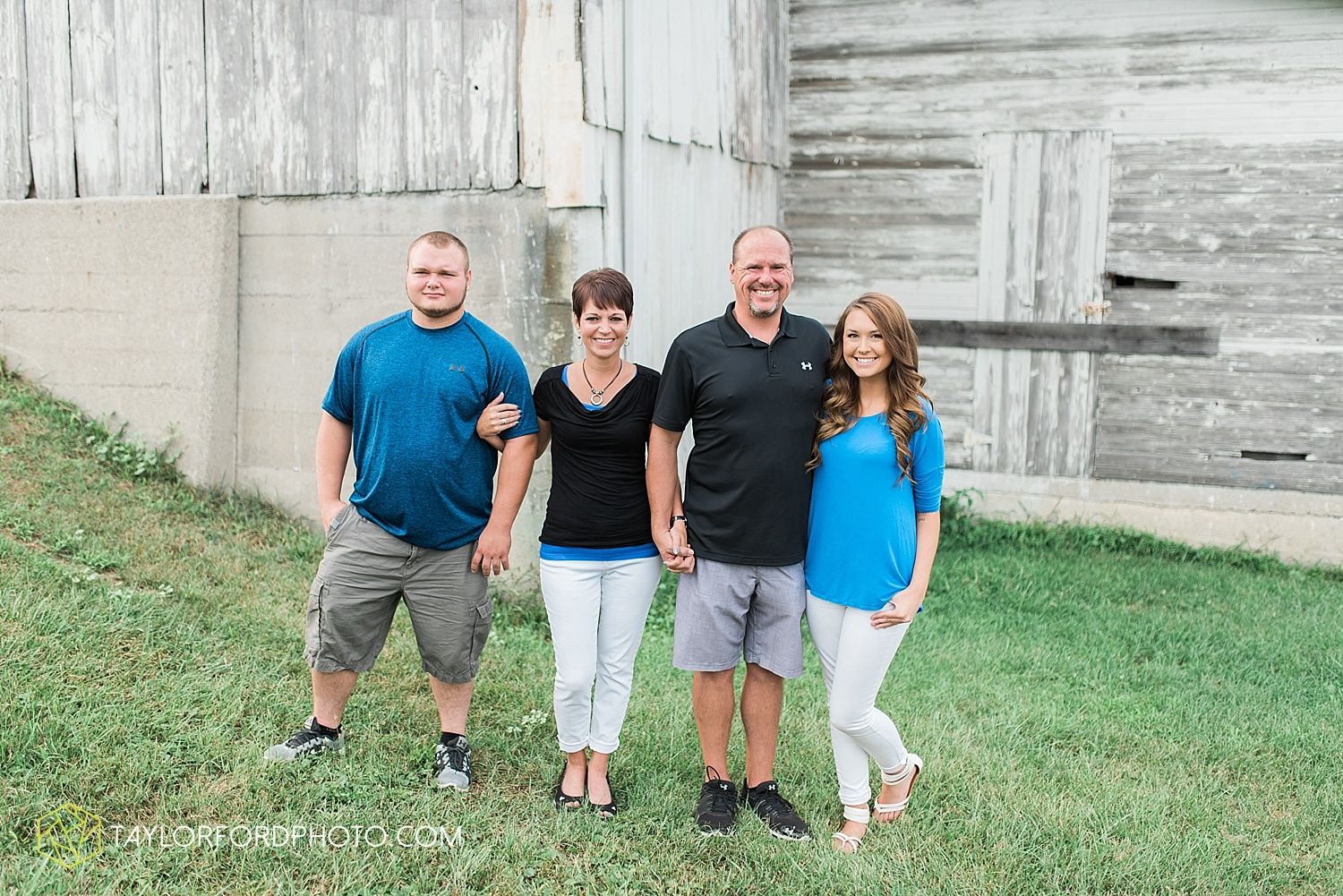 fort_wayne_indiana_family_photographer_taylor_ford_bryan_ohio_family_photographer_0354.jpg