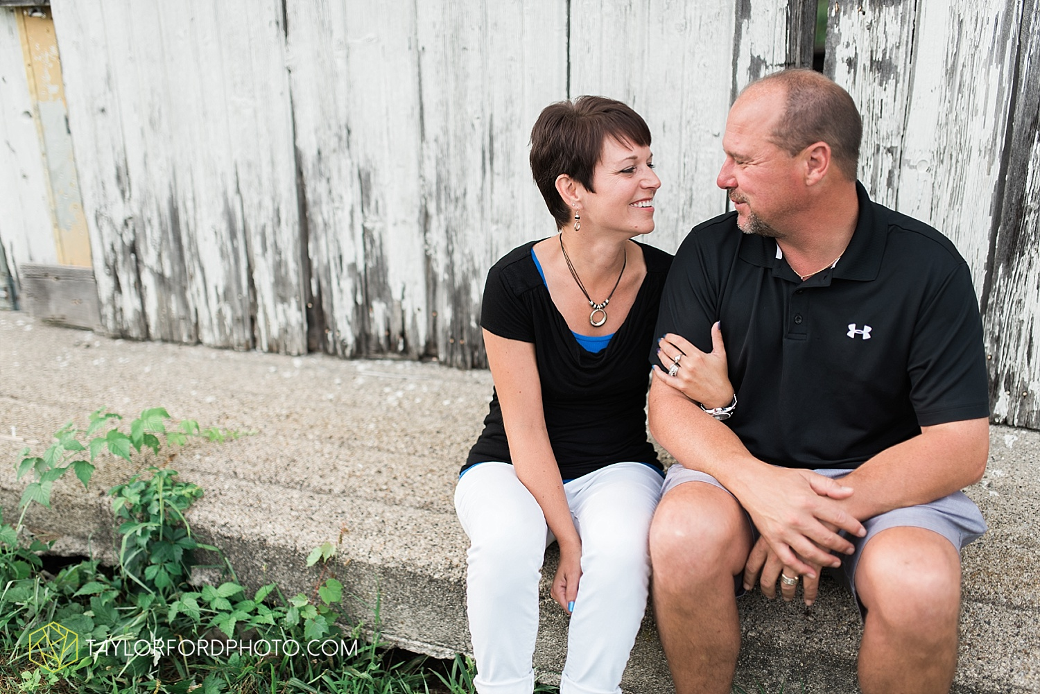 fort_wayne_indiana_family_photographer_taylor_ford_bryan_ohio_family_photographer_0359.jpg