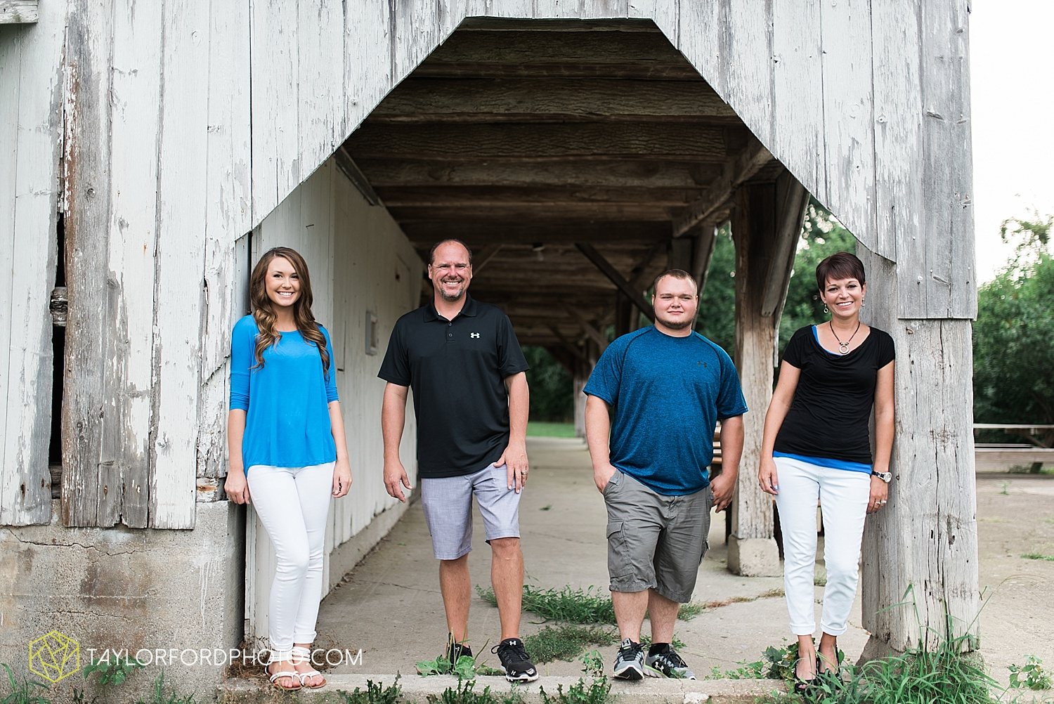 fort_wayne_indiana_family_photographer_taylor_ford_bryan_ohio_family_photographer_0361.jpg