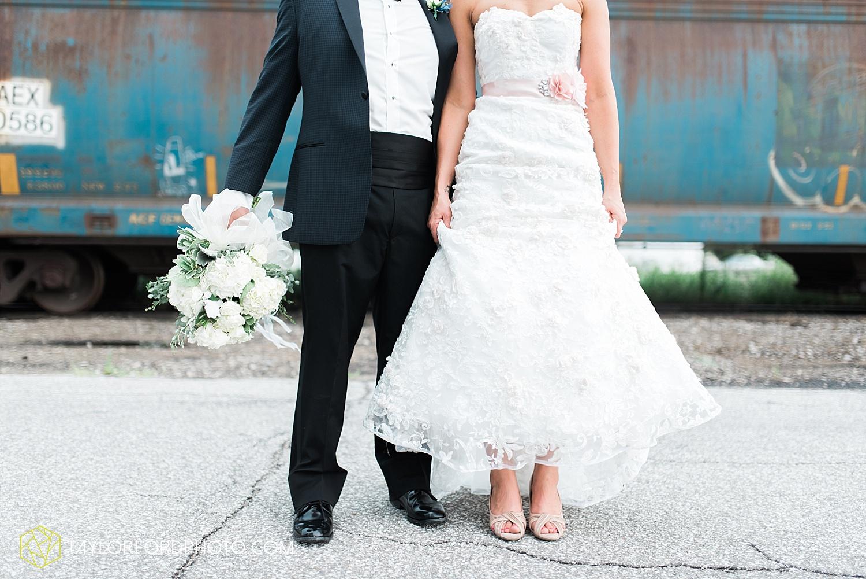 fort_wayne_indiana_wedding_photographer_taylor_ford_dupont_downs_0478.jpg