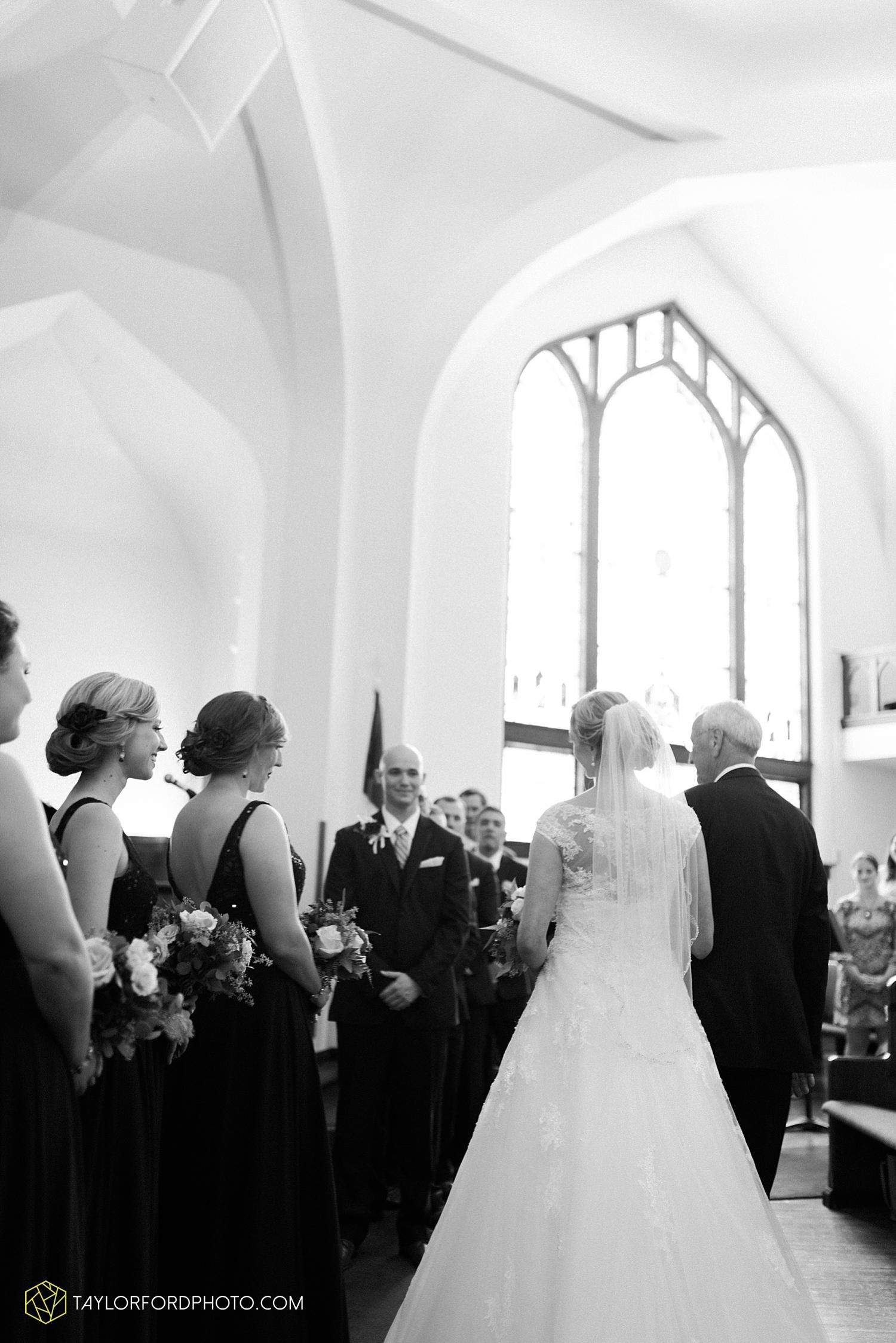 van_wert_ohio_fort_wayne_indiana__photographer_taylor_ford_nashville_tennessee_family_wedding_senior_cerutis_catering_2475.jpg