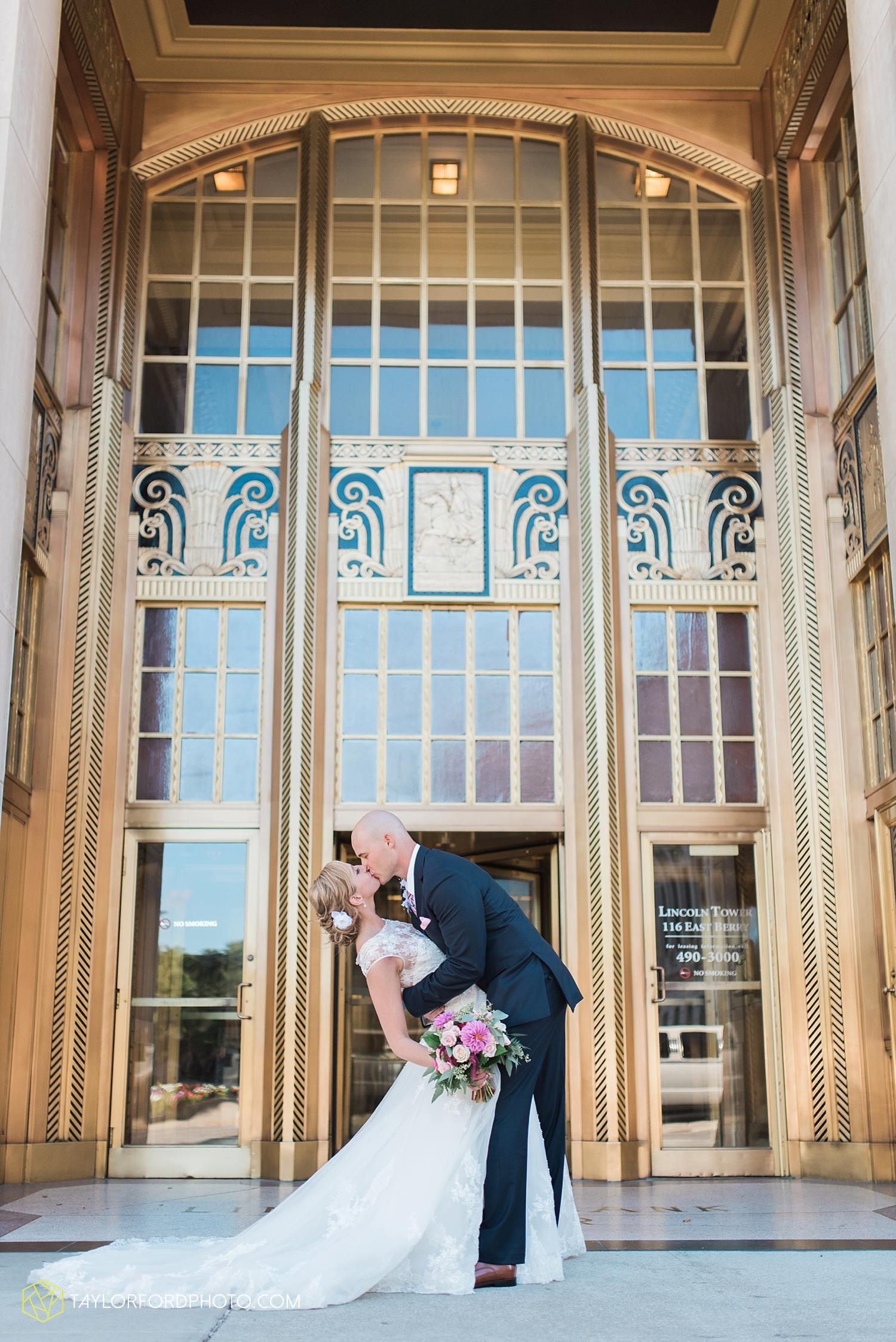 van_wert_ohio_fort_wayne_indiana__photographer_taylor_ford_nashville_tennessee_family_wedding_senior_cerutis_catering_2485.jpg