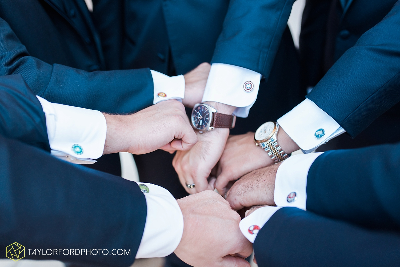 van_wert_ohio_fort_wayne_indiana__photographer_taylor_ford_nashville_tennessee_family_wedding_senior_cerutis_catering_2488.jpg