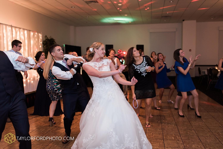 van_wert_ohio_fort_wayne_indiana__photographer_taylor_ford_nashville_tennessee_family_wedding_senior_cerutis_catering_2568.jpg