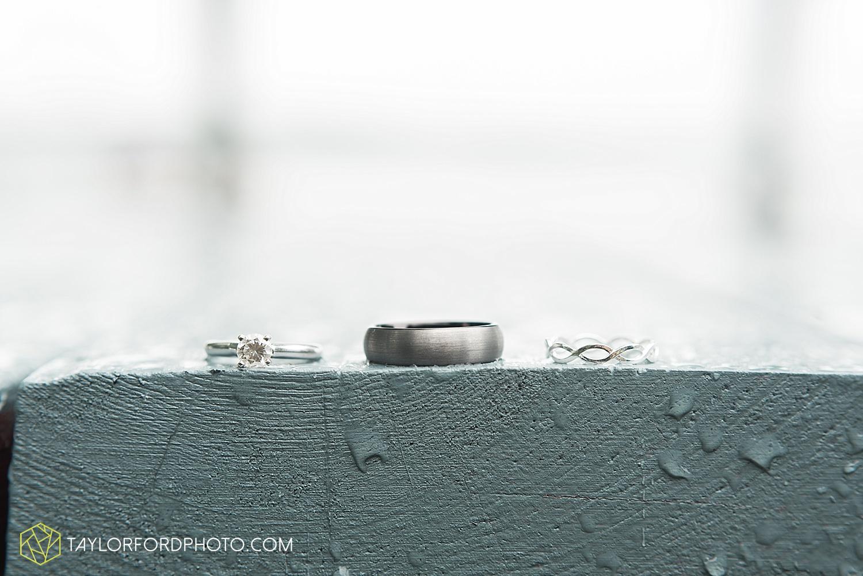 fort_wayne_indiana_van_wert_columbus_ohio_nashville_tennessee_photographer_taylor_ford_shoppes_at_old_mill_wedding_0641.jpg