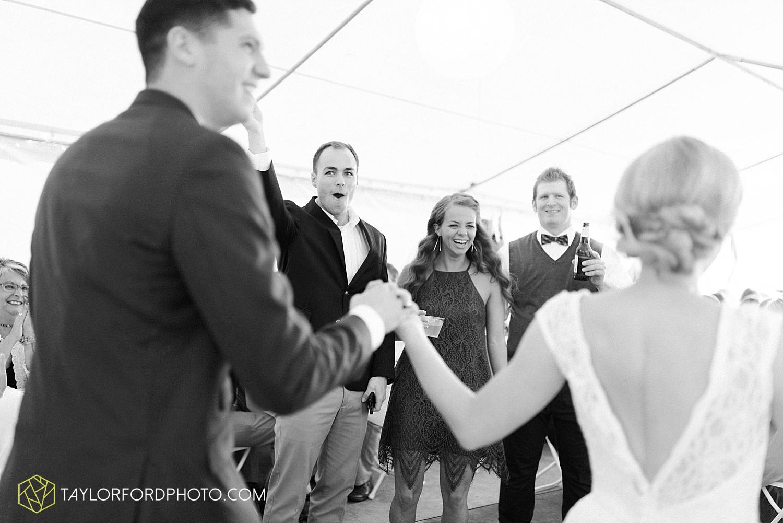 fort_wayne_indiana_van_wert_columbus_ohio_nashville_tennessee_photographer_taylor_ford_shoppes_at_old_mill_wedding_0735.jpg