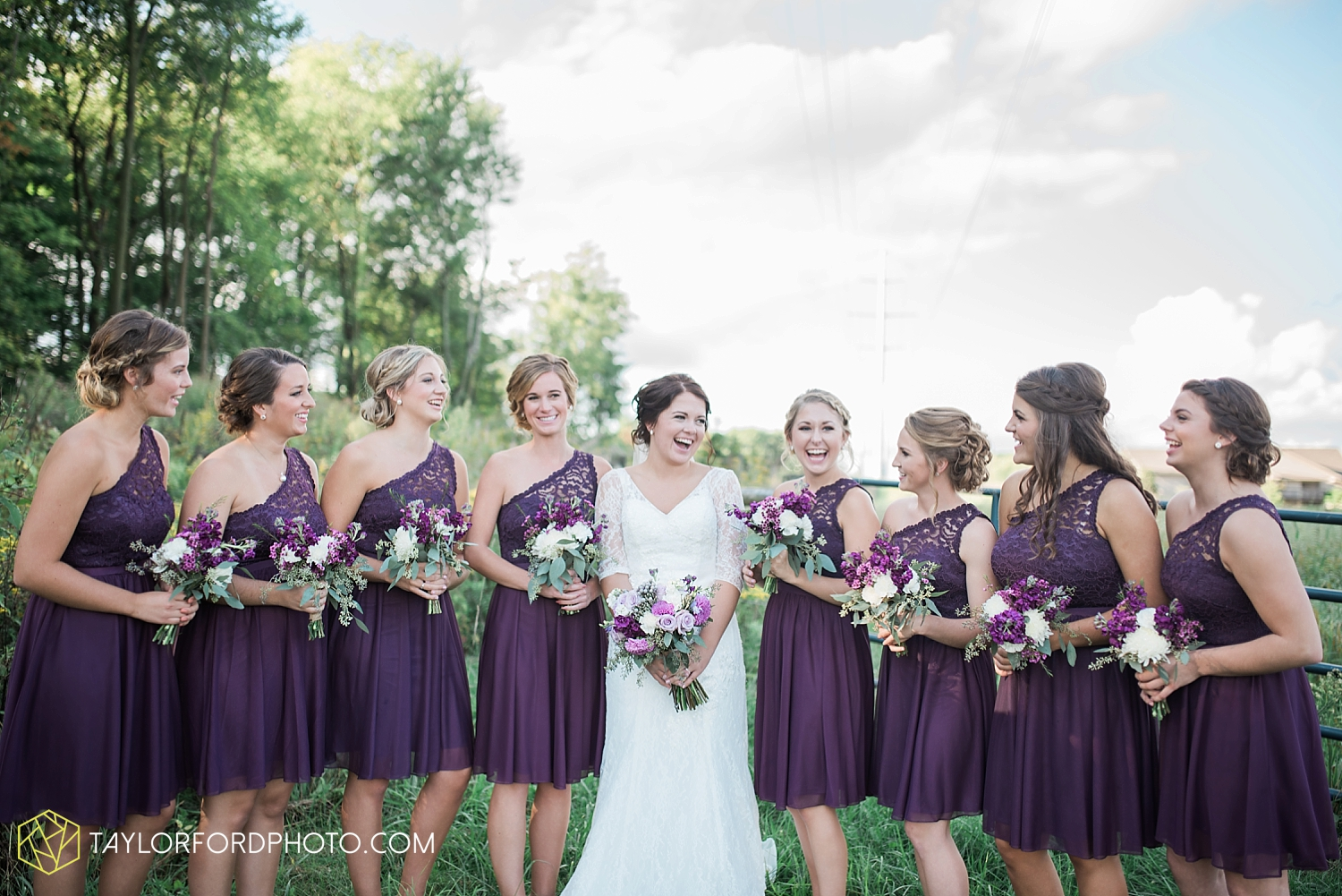van_wert_ohio_fort_wayne_indiana_wedding_photographer_taylor_ford_cerutis_catering_2828.jpg