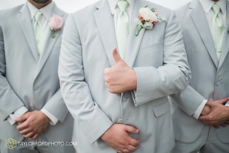 van_wert_ohio_fort_wayne_warsaw_indiana_wedding_photographer_taylor_ford_silver_lake_2886.jpg
