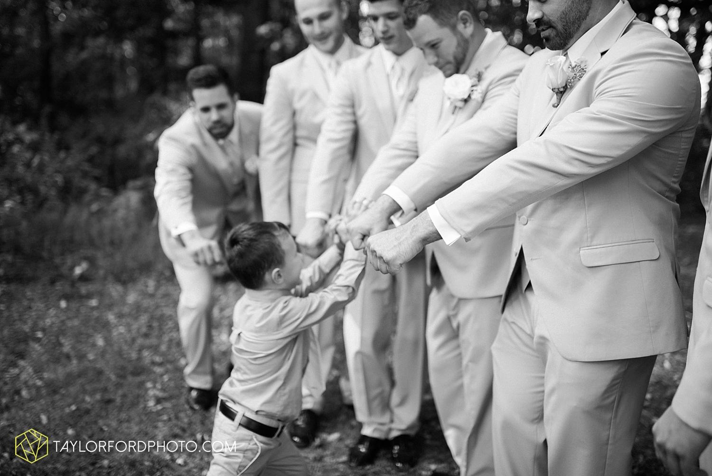 van_wert_ohio_fort_wayne_warsaw_indiana_wedding_photographer_taylor_ford_silver_lake_2903.jpg
