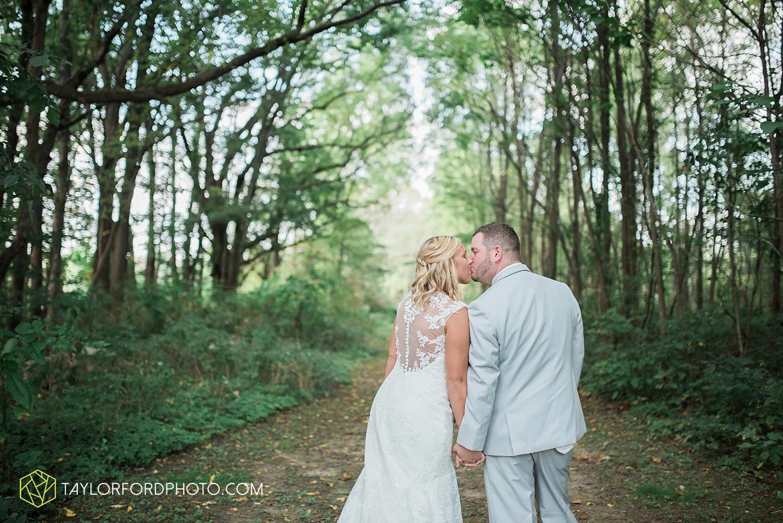 van_wert_ohio_fort_wayne_warsaw_indiana_wedding_photographer_taylor_ford_silver_lake_2940.jpg