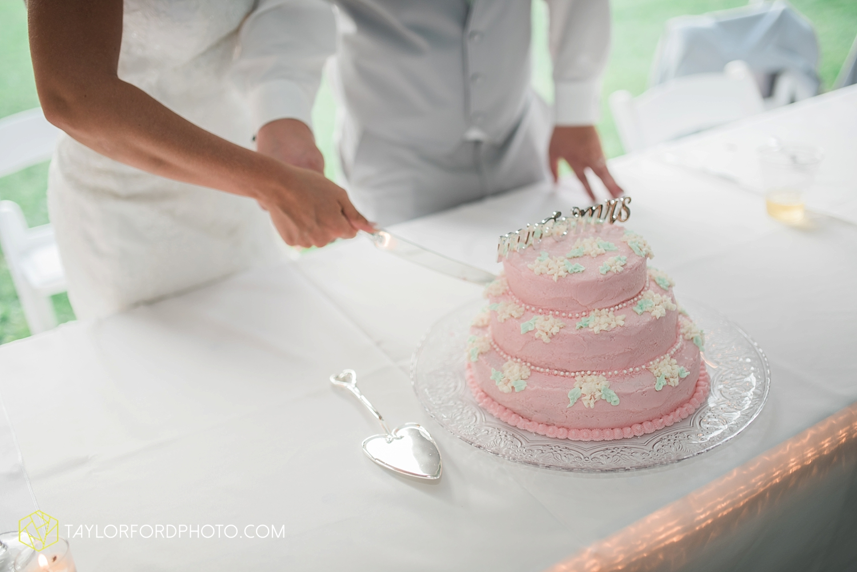 van_wert_ohio_fort_wayne_warsaw_indiana_wedding_photographer_taylor_ford_silver_lake_2945.jpg