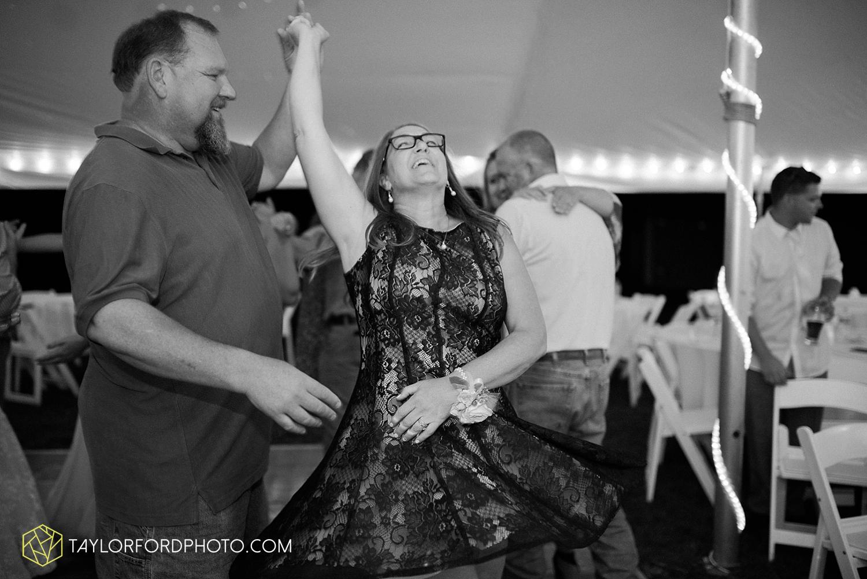 van_wert_ohio_fort_wayne_warsaw_indiana_wedding_photographer_taylor_ford_silver_lake_2954.jpg