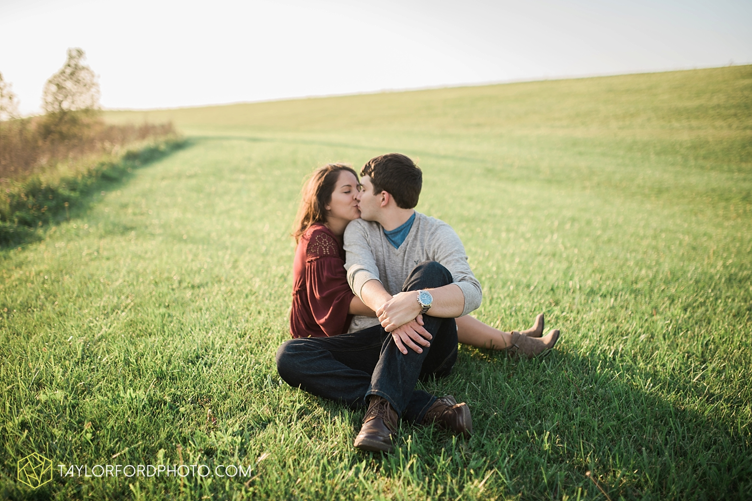 van_wert_ohio_wedding_photographer_taylor_ford_cincinatti_engagement_2971.jpg