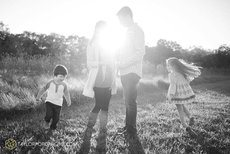 van_wert_ohio_fort_wayne_indiana_family_photographer_taylor_ford_3053.jpg