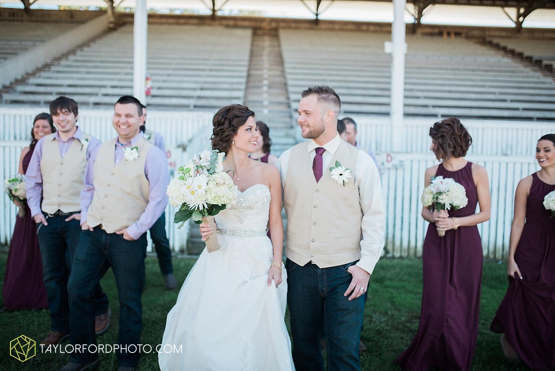 van_wert_ohio_dairy_barn_fairgrounds_fort_wayne_indiana_wedding_photographer_taylor_ford_3260.jpg