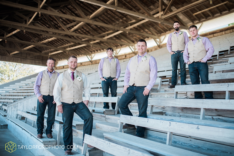 van_wert_ohio_dairy_barn_fairgrounds_fort_wayne_indiana_wedding_photographer_taylor_ford_3266.jpg