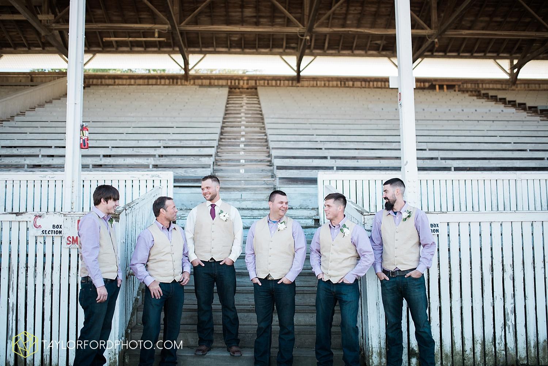 van_wert_ohio_dairy_barn_fairgrounds_fort_wayne_indiana_wedding_photographer_taylor_ford_3267.jpg