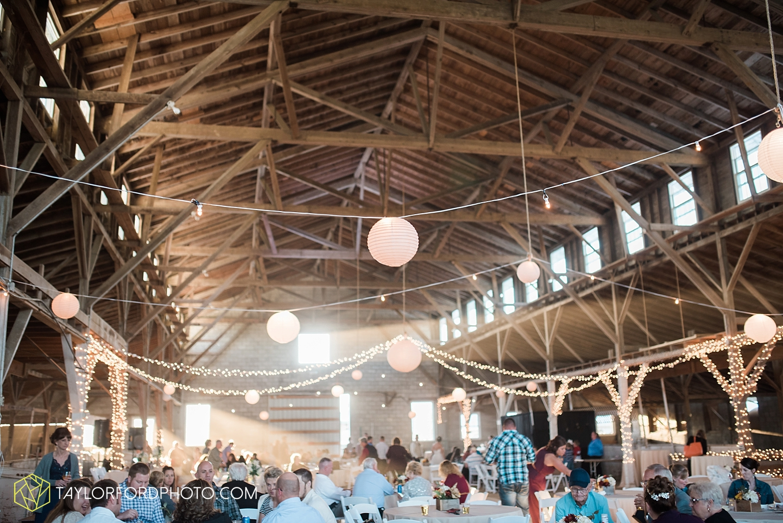 van_wert_ohio_dairy_barn_fairgrounds_fort_wayne_indiana_wedding_photographer_taylor_ford_3327.jpg