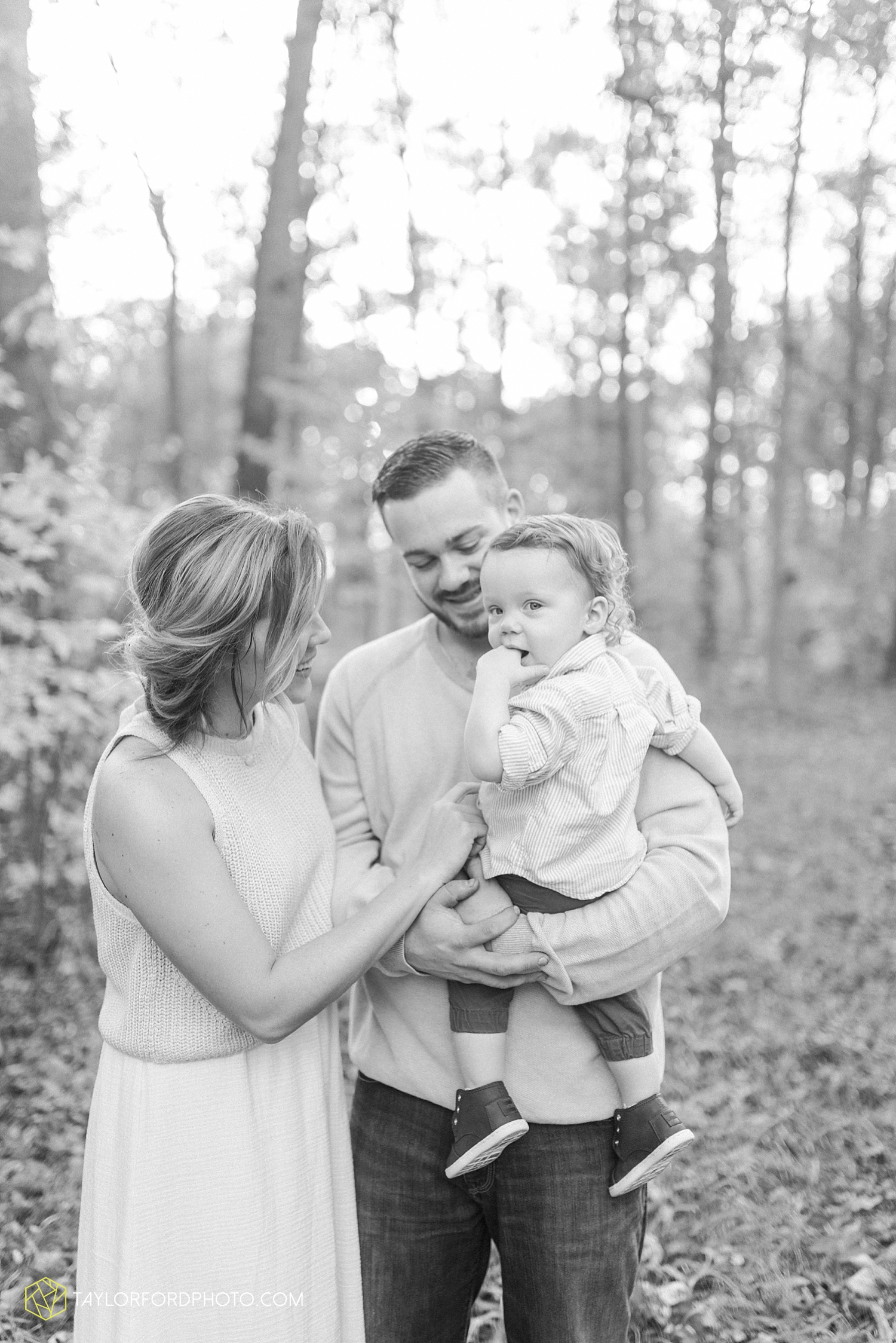 huntertown_indiana_family_photographer_taylor_ford_3607.jpg