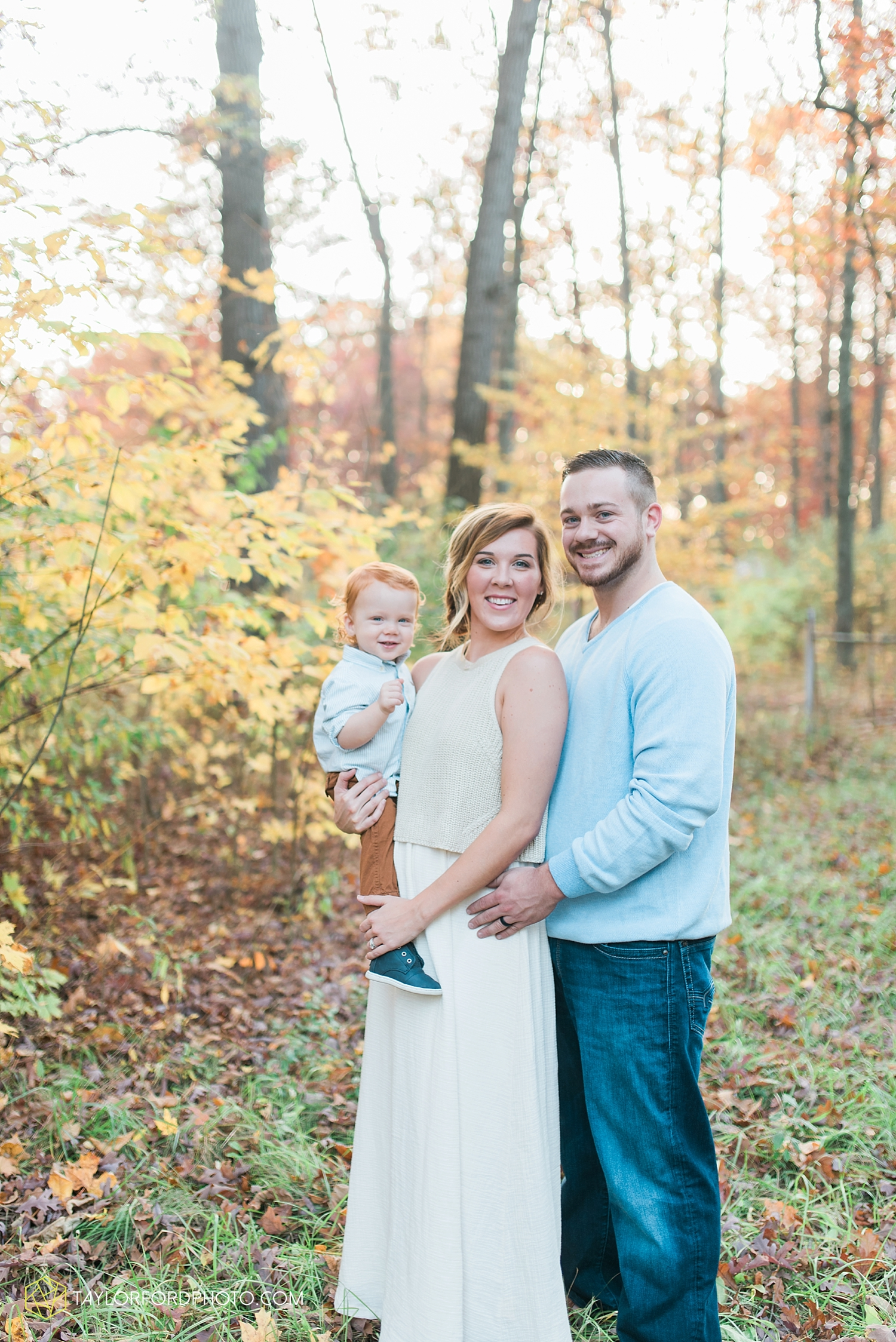 huntertown_indiana_family_photographer_taylor_ford_3608.jpg