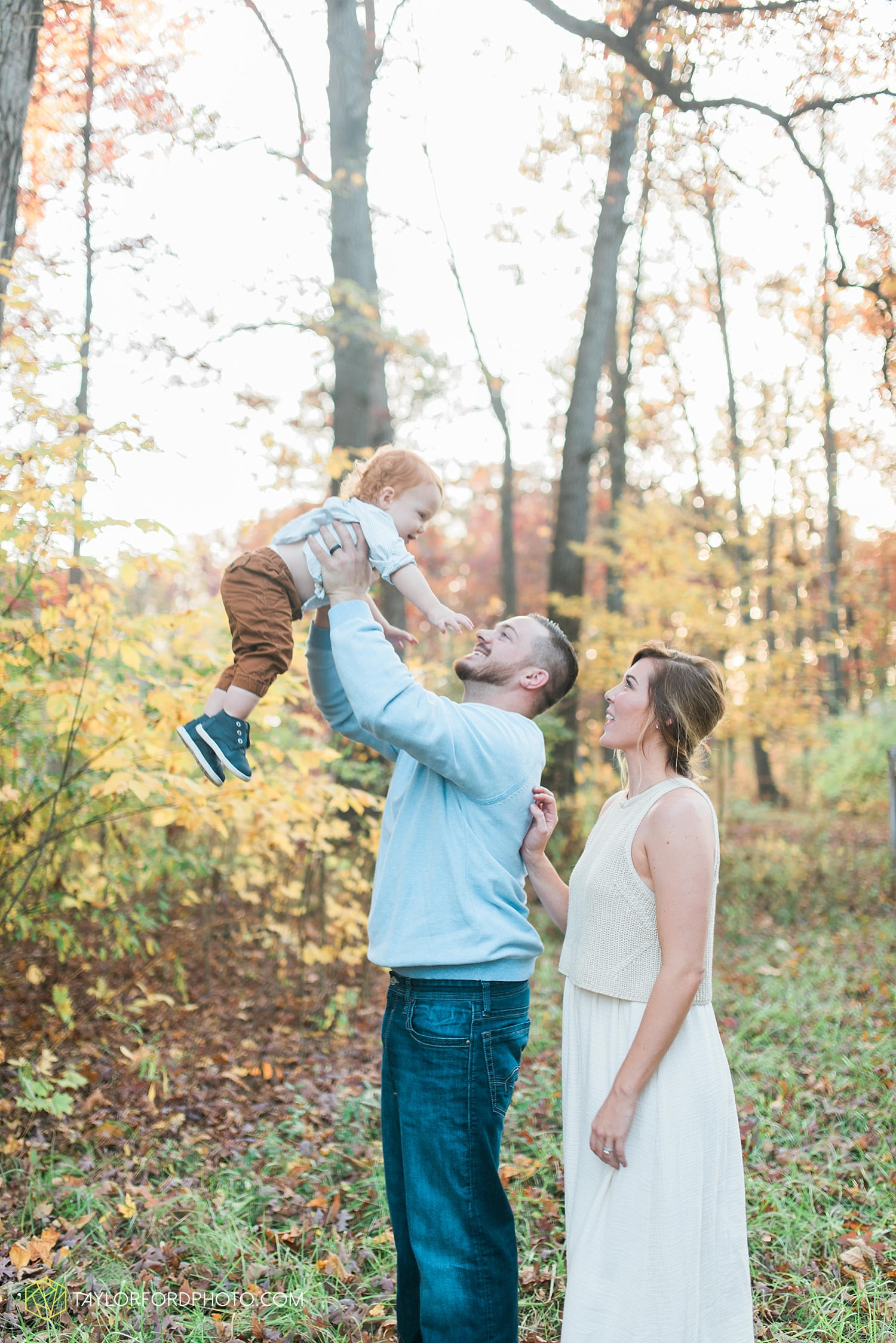 huntertown_indiana_family_photographer_taylor_ford_3609.jpg