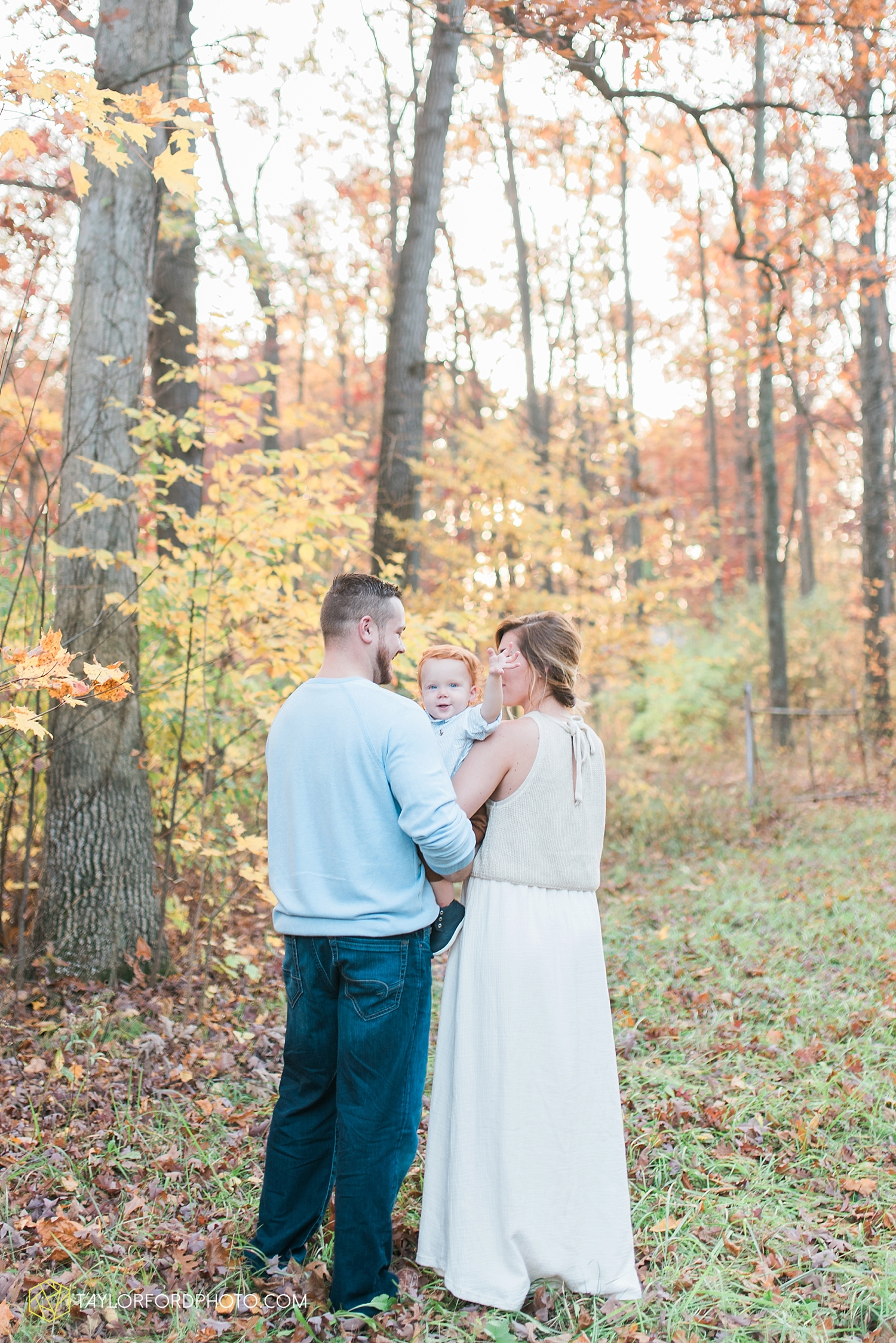 huntertown_indiana_family_photographer_taylor_ford_3613.jpg