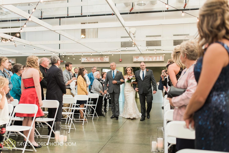fort_wayne_indiana_wedding_photographer_van_wert_ohio_kevin_and_jayde_dupont_downs_taylor_ford_3687.jpg