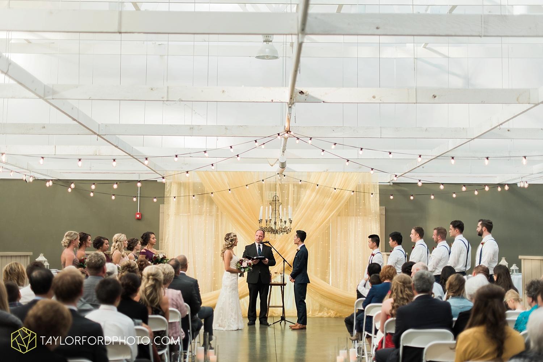 fort_wayne_indiana_wedding_photographer_van_wert_ohio_kevin_and_jayde_dupont_downs_taylor_ford_3689.jpg