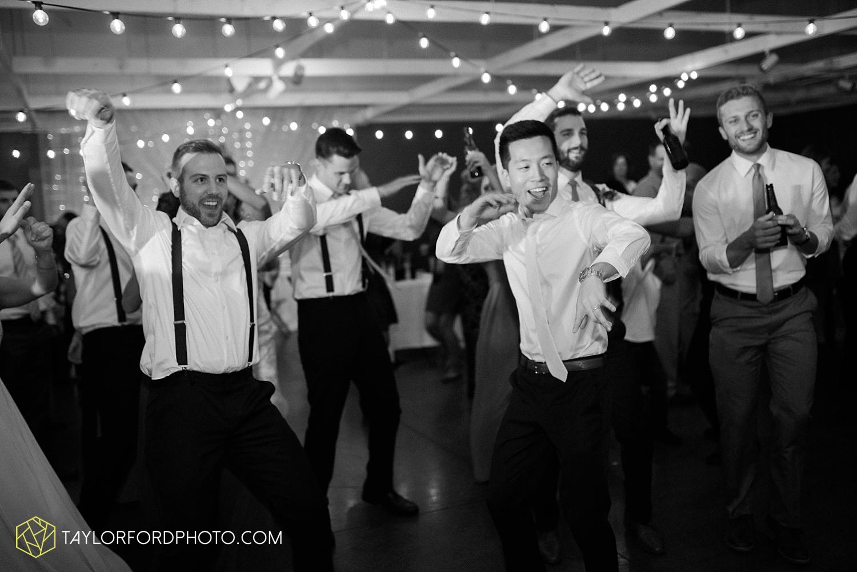 fort_wayne_indiana_wedding_photographer_van_wert_ohio_kevin_and_jayde_dupont_downs_taylor_ford_3717.jpg