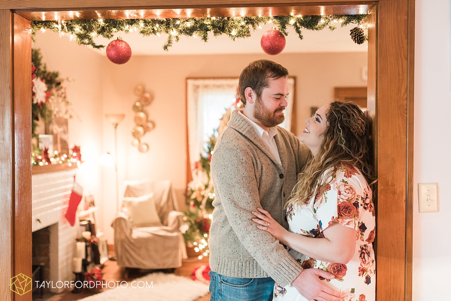 van_wert_ohio_couples_photographer_first_christmas_quincy_and_weston_taylor_ford_0945.jpg