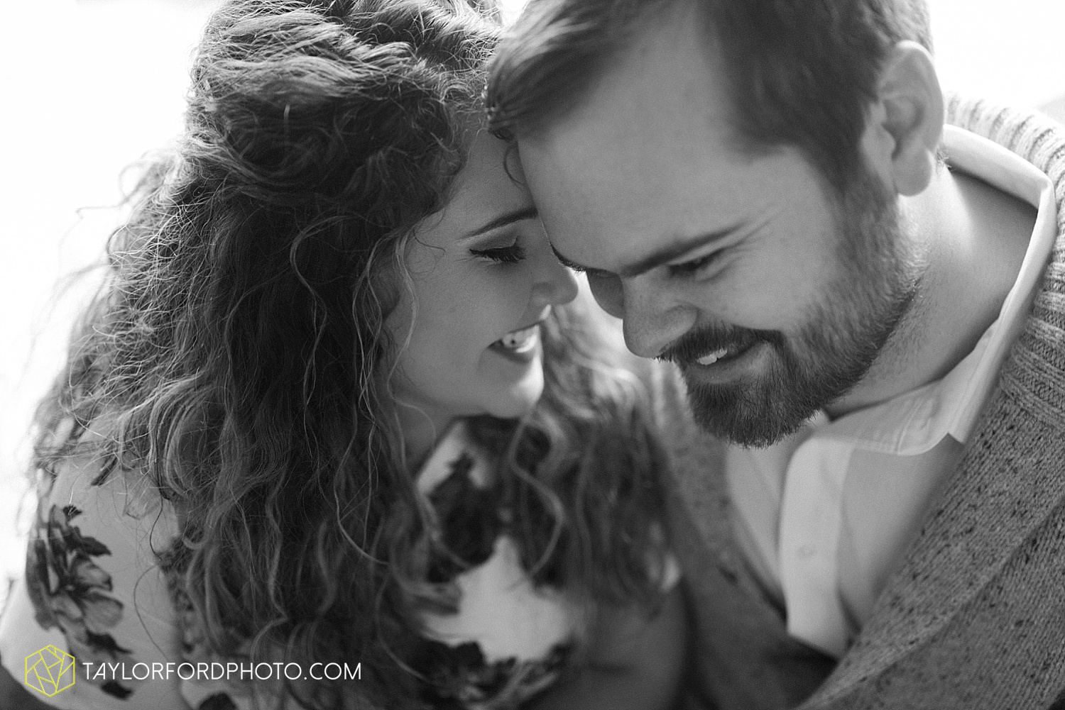 van_wert_ohio_couples_photographer_first_christmas_quincy_and_weston_taylor_ford_0947.jpg
