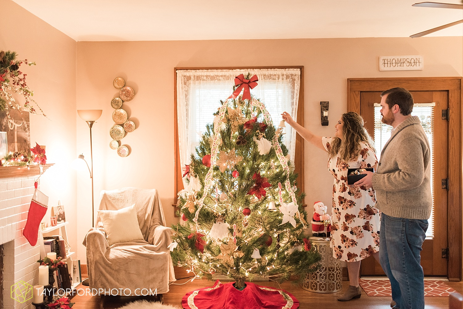 van_wert_ohio_couples_photographer_first_christmas_quincy_and_weston_taylor_ford_0948.jpg