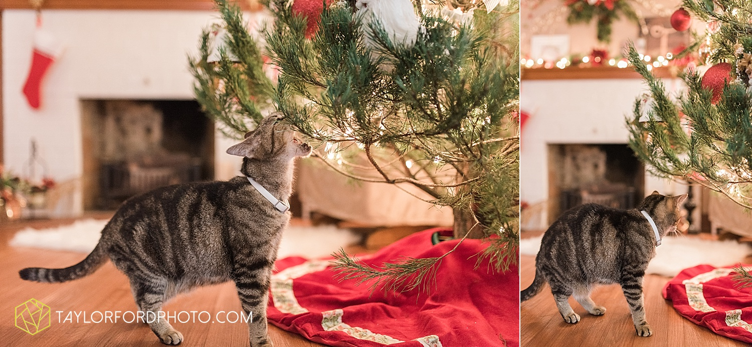 van_wert_ohio_couples_photographer_first_christmas_quincy_and_weston_taylor_ford_0956.jpg