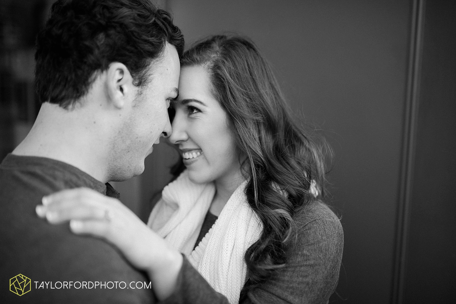 fort_wayne_photographer_lindsay_clint_taylor_ford_engagement_3964.jpg