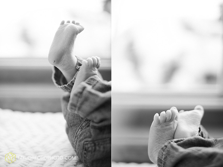 fort_wayne_indiana_lifestyle_newborn_family_photographer_taylor_ford_1120.jpg