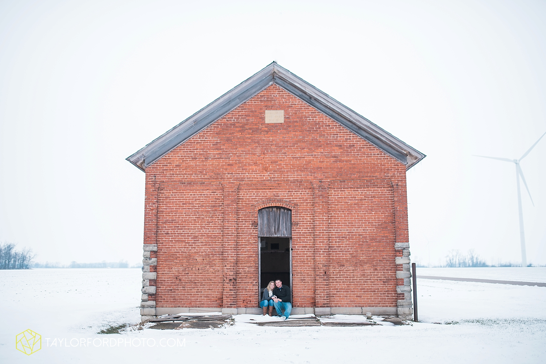 van_wert_ohio_photographer_shawn_and_katelynn_engagement_country_taylor_ford_wedding_photographer_4104.jpg