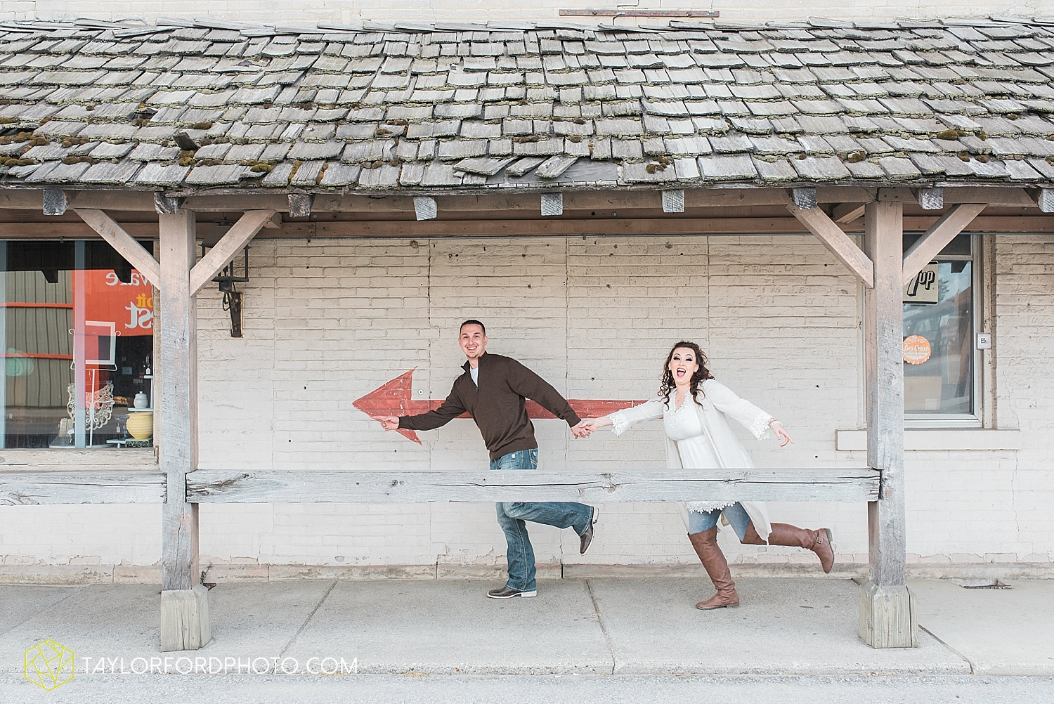 fort-wayne-indiana-engagement-wedding-photographer-taylor-ford-photography_1543.jpg