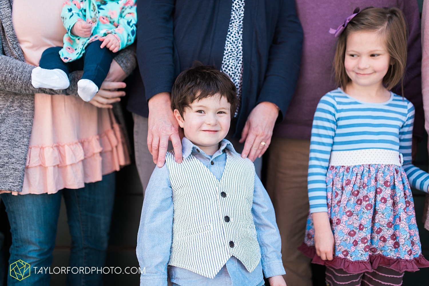 fort-wayne-indiana-family-photographer-taylor-ford-photography-van-wert-lima-ohio-soaff-park_1647.jpg
