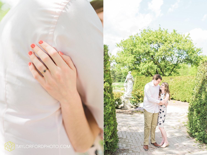 toledo-ohio-engagement-wedding-photographer-taylor-ford-photography-oaks-opening-metro-park-botanical-gardens2.jpg