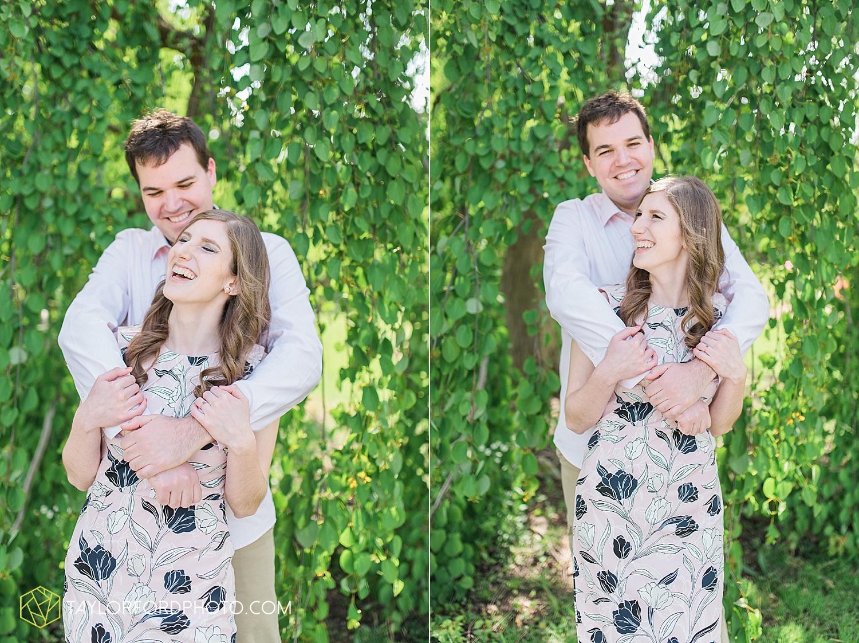 toledo-ohio-engagement-wedding-photographer-taylor-ford-photography-oaks-opening-metro-park-botanical-gardens6.jpg